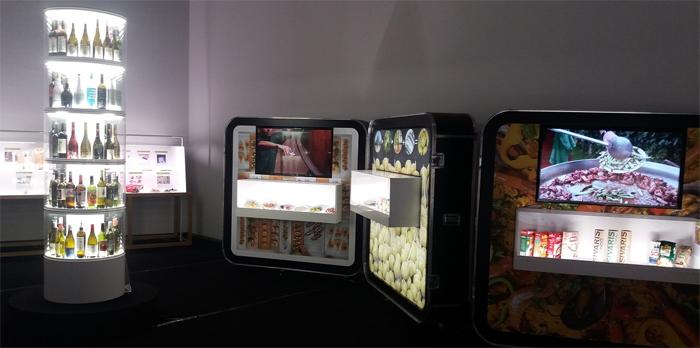 exposicion tapas spanish desig for food centre del carme