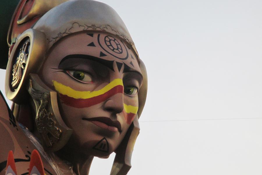 """Falla Sueca-Literato Azorín. Artista: José Lafarga. Lema: """"La més dolça"""""""