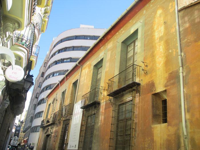 Colegio del Arte Mayor de la seda valencia