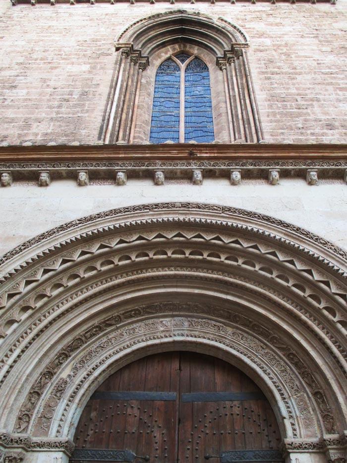 catedral valencia puerta romanica visitas guiadas adzucats