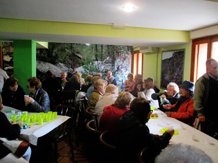 titania riodeva excursiones en grupo visitas guiadas adzucats