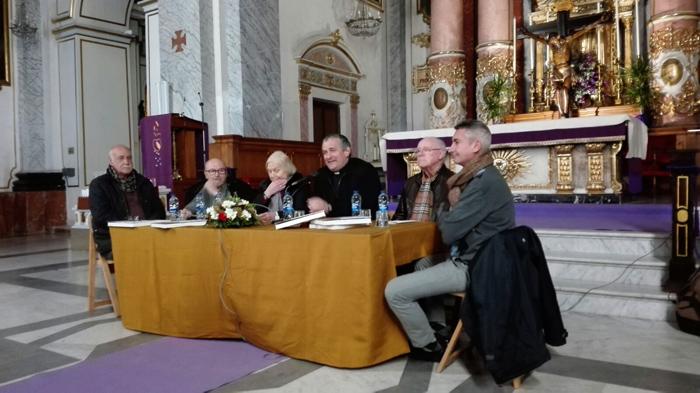 Presentación-Libro-barriada-sagunto-mesa redonda cofradia cristo valencia