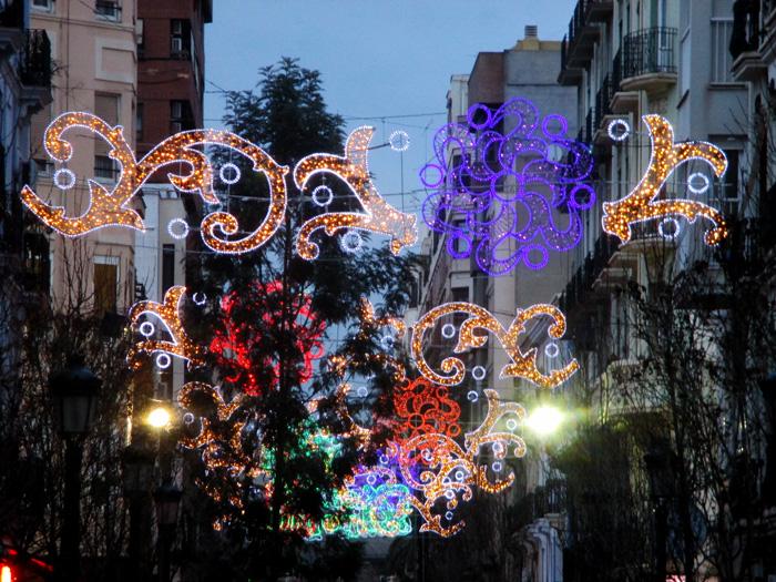 Ambiente-montaje luces-fallas-2018